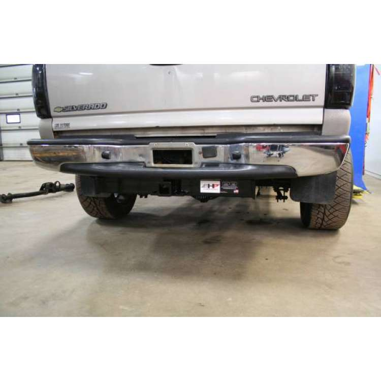 "01-07 GM Short Box Stock Bumper 2"" Receiver"