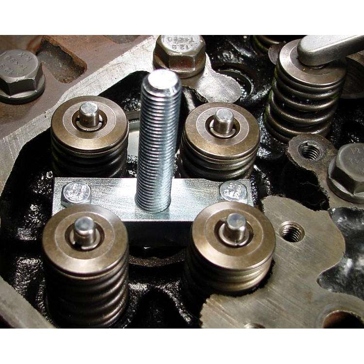 98.5-12 5.9L/6.7L 24V Dodge Cummins Valve Spring Compressor